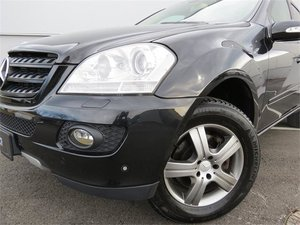 mercedes benz ml 320 cdi 4matic aut gebrauchtwagen 2007. Black Bedroom Furniture Sets. Home Design Ideas
