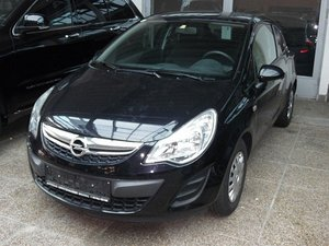 opel corsa 1 2 gebrauchtwagen 2011 bruck leitha. Black Bedroom Furniture Sets. Home Design Ideas